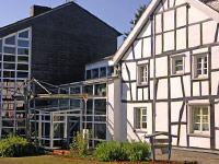 Fachwerk total: Haus Wiesengrund, Tagungs- und Gästehaus des Evangelischen Kirchenverbands Köln und Region.
